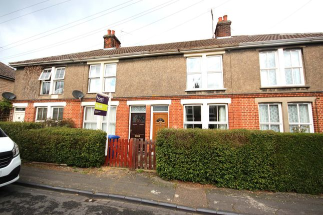 Thumbnail Terraced house to rent in Springfield Avenue, Bury St. Edmunds