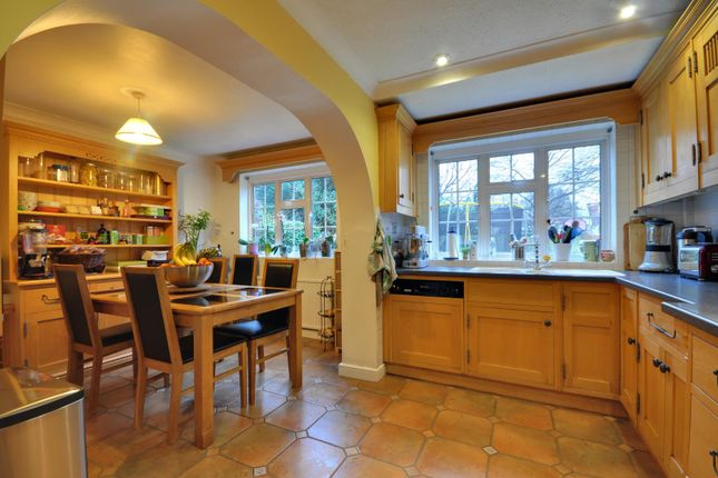 Thumbnail Property to rent in Oakhill Avenue, Pinner, Middlesex