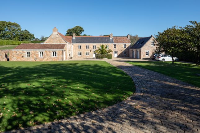 Thumbnail Detached house for sale in La Rue Rouge Cul, St. Lawrence, Jersey