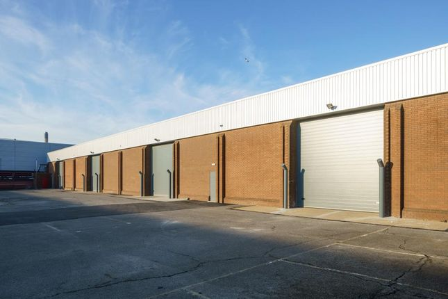 Industrial to let in 462-465 Berkshire Avenue, Slough Trading Estate, Slough