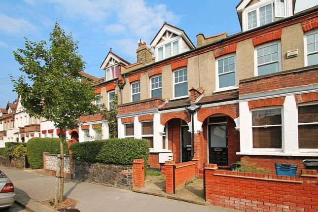 Thumbnail Flat to rent in Colworth Road, Addiscombe, Croydon