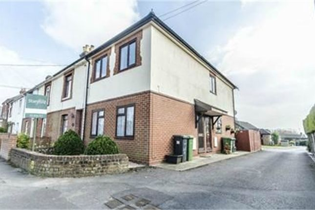 Detached house to rent in St Margarets Road, Bishopstoke, Eastleigh, Hampshire
