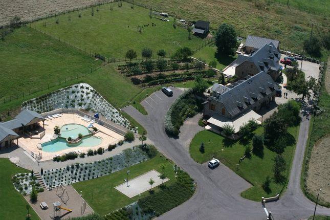 Thumbnail Hotel/guest house for sale in Limousin, Corrèze, Brive La Gaillarde