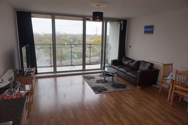 Thumbnail Flat to rent in Highbridge Road, Barking, London