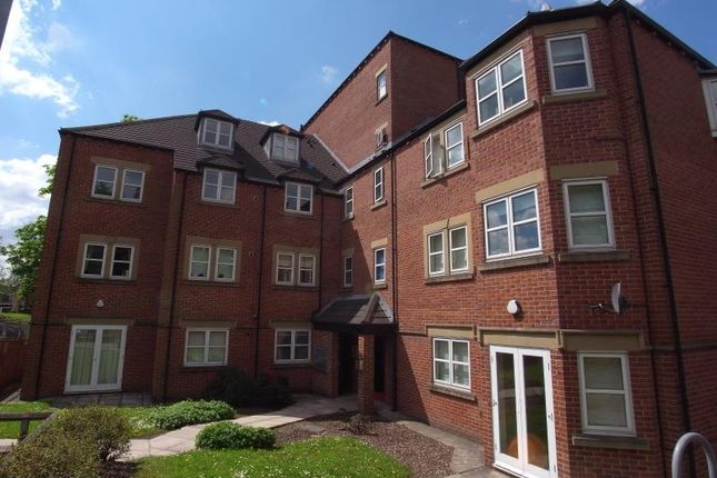 2 bed flat to rent in Beechwood Court, 21 Falkland Mount, Moortown LS17