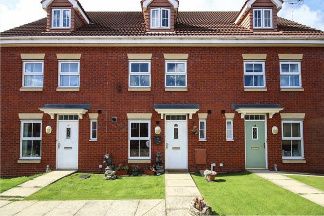 Thumbnail Town house for sale in Billsdale Court, Bridlington