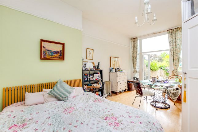 Bedroom of Chiswick High Road, London W4