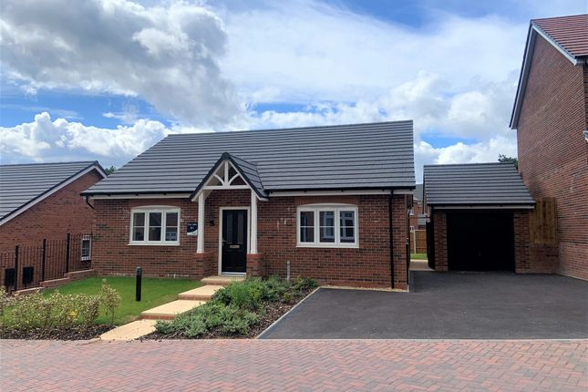 3 bed detached bungalow for sale in Peartree Drive, Wombourne, Wolverhampton WV5