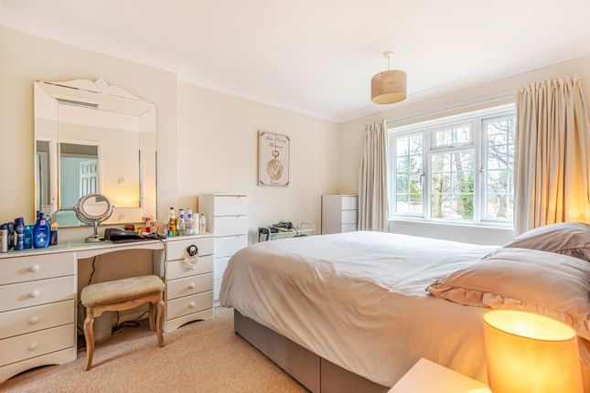 Bedroom 1 of Woodland Close, Southampton SO18
