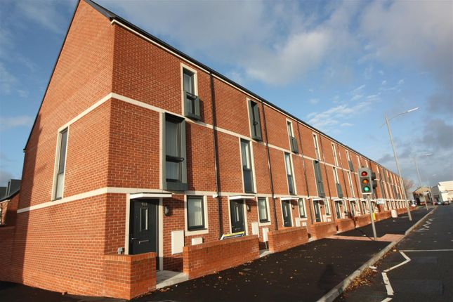 Thumbnail Property to rent in Stanley Road, Kirkdale, Liverpool
