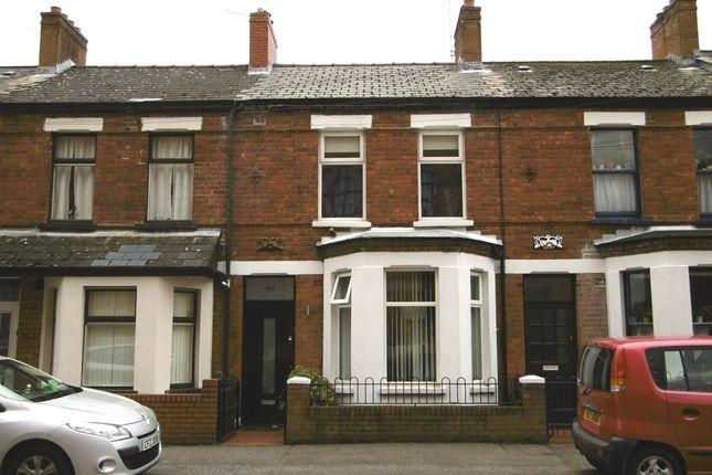 Thumbnail Flat to rent in Ravenhill Avenue, Belfast