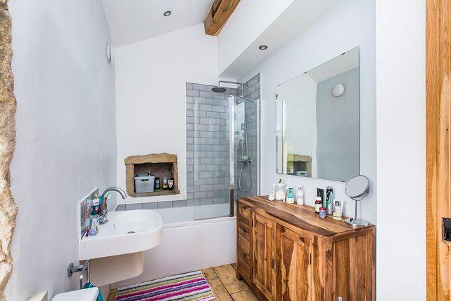 Family Bathroom of Slack Top, Heptonstall, Hebden Bridge, West Yorkshire HX7