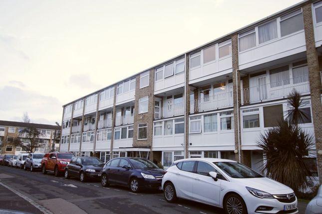 Thumbnail Flat to rent in Tarnwood Park, London