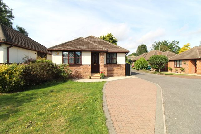 2 bed bungalow for sale in Rochester Mews, Westcliff-On-Sea, Essex SS0