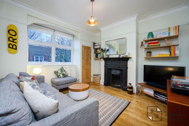 Living Room of Vincent Road, Addiscombe, Croydon CR0