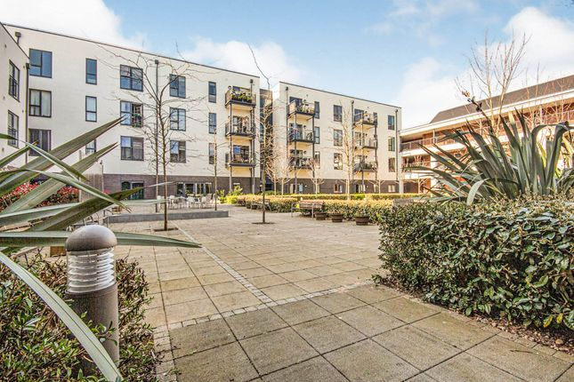 Thumbnail Flat for sale in Queensway, Leamington Spa