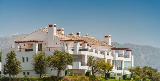 2 bed apartment for sale in Spain, Málaga, Marbella, La Mairena