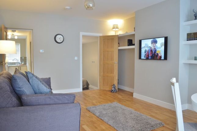 Thumbnail Flat to rent in New High Street, Headington, Oxford