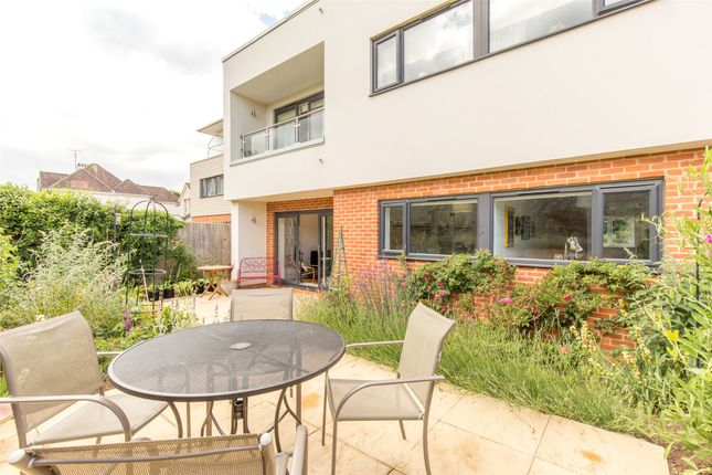 Thumbnail Flat for sale in West Way, Oxford, Oxfordshire