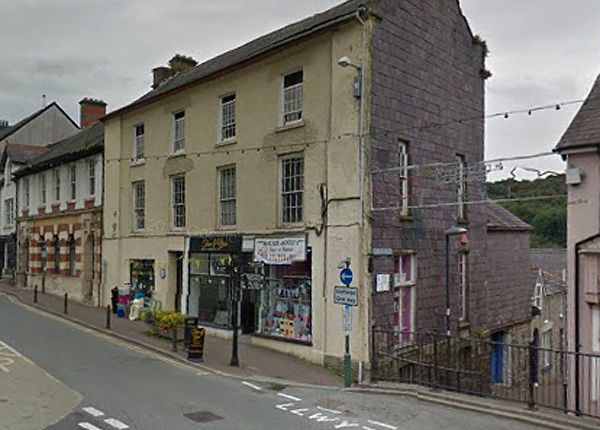 Thumbnail Flat to rent in King Street, Llandysul, Ceredigion, West Wales
