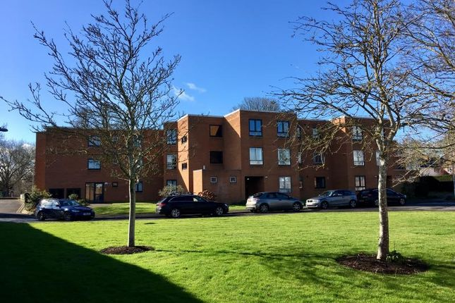 Thumbnail Flat for sale in Summerfield Court, French Weir Close, Taunton, Somerset