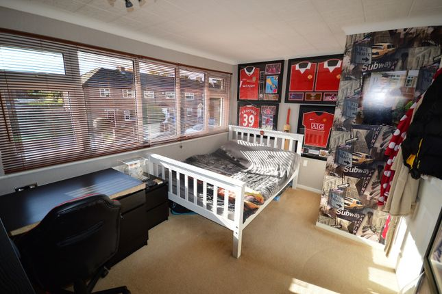 Bedroom of Hopefield Road, Lymm WA13