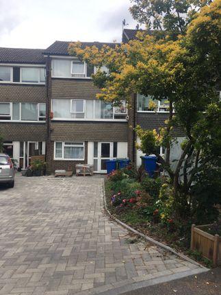 Thumbnail Terraced house to rent in Beaulieu Close, London
