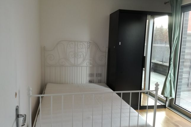 Thumbnail Maisonette to rent in Canning Town, London