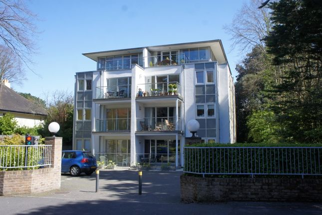 Thumbnail Flat to rent in The Lighthouse, 15 Chine Crescent Road, Bournemouth