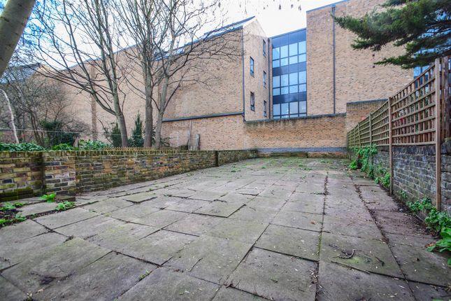 Garden of Mildmay Grove South, London N1