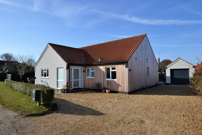 3 bed detached bungalow for sale in Brickley Lane, Ingoldisthorpe, King's Lynn, .