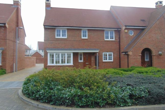 Thumbnail Semi-detached house to rent in Calvert Link, Faygate, Horsham