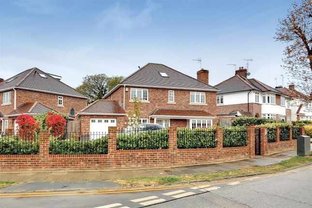 Thumbnail Detached house for sale in Vera Avenue, London