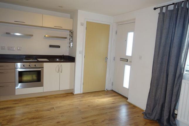 Thumbnail Flat to rent in Clos Cwm Golau, Gelli Dawel