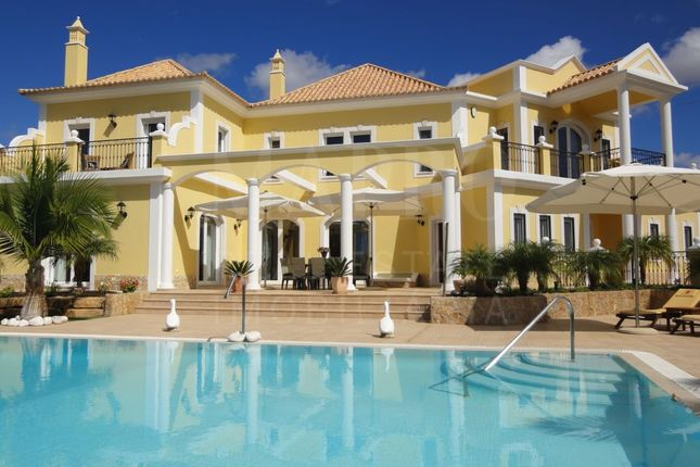 Thumbnail Villa for sale in Surrounding/Country, Near Vilamoura, Boliqueime, Loulé, Central Algarve, Portugal