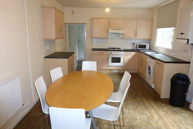 Thumbnail Semi-detached house to rent in Broadgate, Beeston