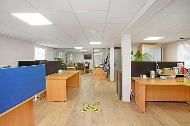 Thumbnail Office to let in 80 High Street, Egham, Surrey