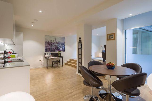 Thumbnail Flat to rent in Star Yard, Holborn