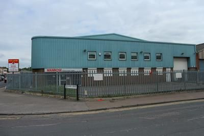 Thumbnail Light industrial to let in Units 1 And 2, Meadow Road, Reading, Berkshire