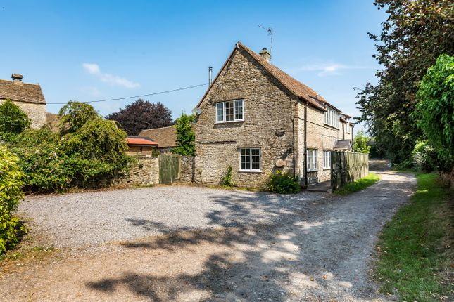 3 bed detached house to rent in Luckington, Chippenham SN14