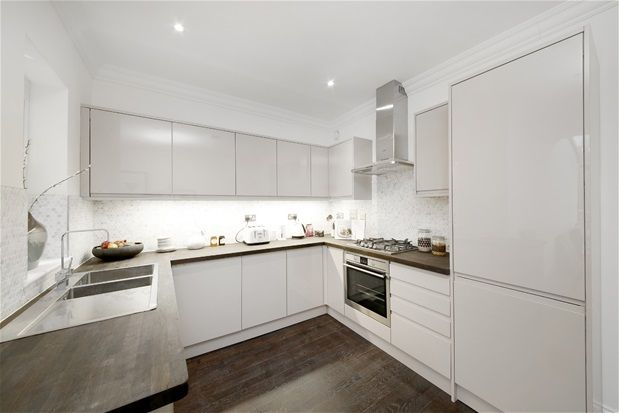 Thumbnail Property for sale in Athenlay Road, London