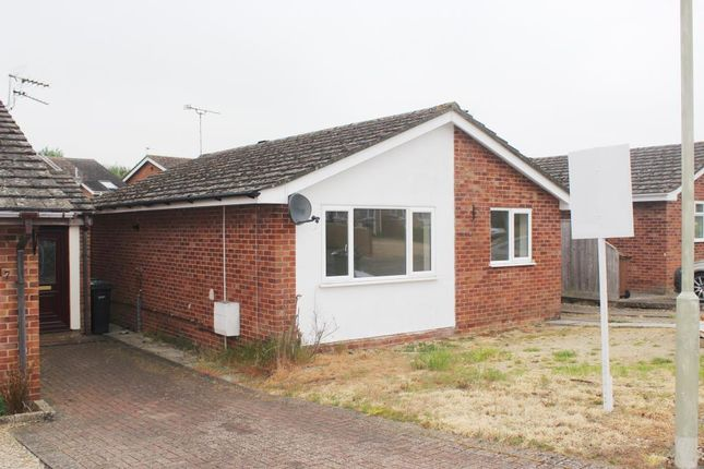 Thumbnail Detached bungalow to rent in Southmoor, Oxfordshire