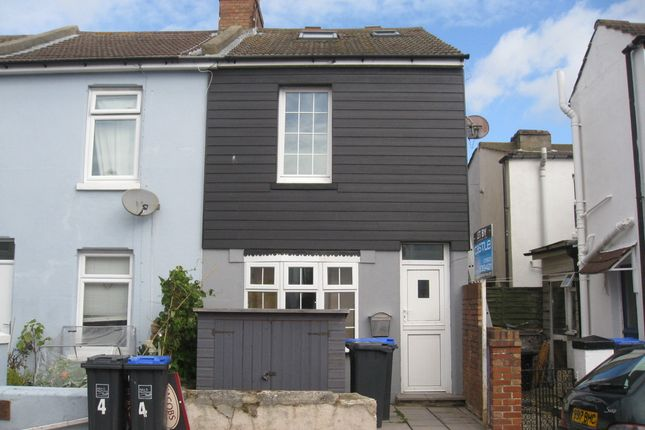 Thumbnail End terrace house to rent in Howard Street, Worthing
