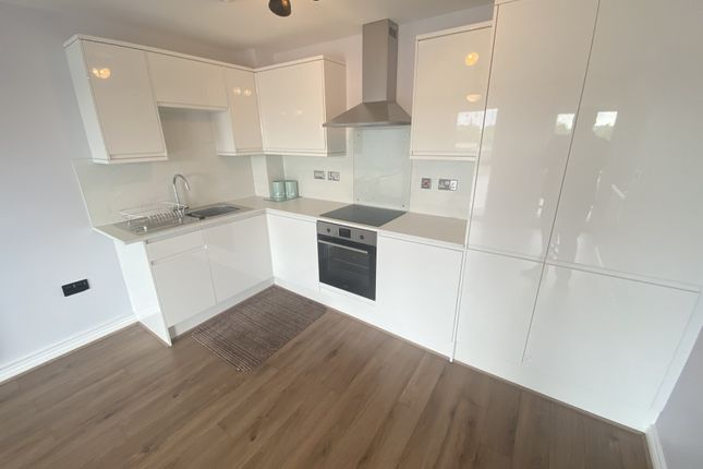 Thumbnail Flat to rent in Cambria House, Newport, Gwent