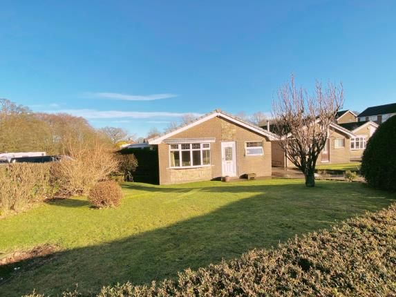 3 bed bungalow for sale in Amberley Drive, Buxton, Derbyshire SK17