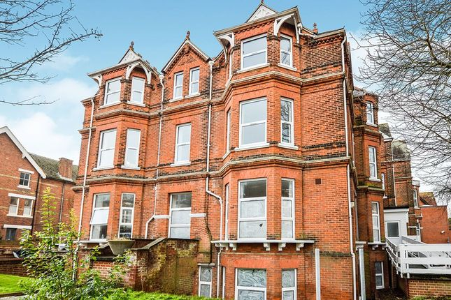 Thumbnail Flat to rent in Shorncliffe Road, Folkestone