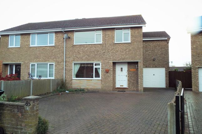4 bed semi-detached house to rent in Chestnut Drive, Louth, Lincolnshire LN11
