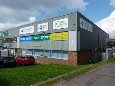 Thumbnail Light industrial to let in Kimpton Trade And Business Centre, Minden Road, Sutton, Surrey