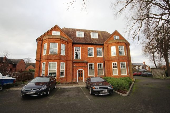 Thumbnail Flat to rent in Falmouth Avenue, Newmarket