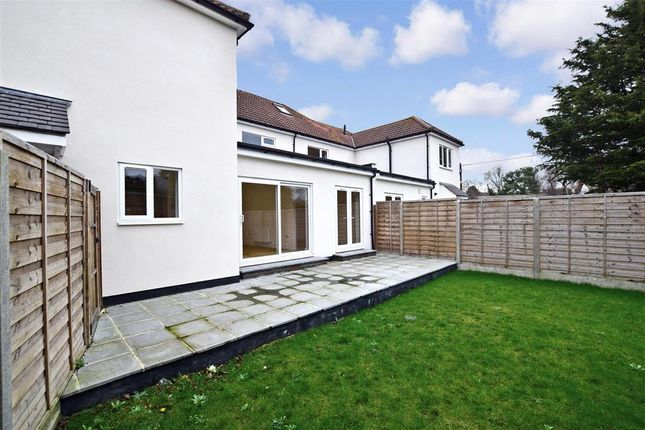 Thumbnail Flat for sale in Cavell Road, Billericay, Essex
